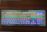 [银色]2600 金属面板彩虹七彩发光悬浮式机械键盘