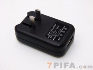 数码产品USB充电器